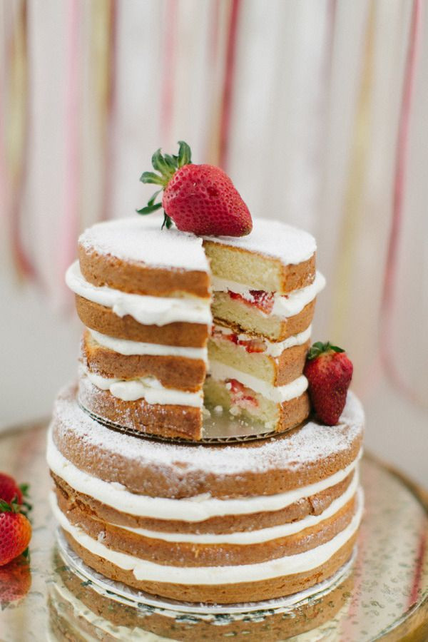 Strawberry Wedding Cake Recipes  293 best images about Cakes Tartas on Pinterest