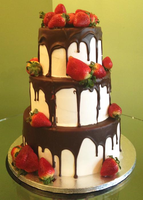 Strawberry Wedding Cakes  Chocolate Covered Strawberry Wedding Cake – Classy Girl