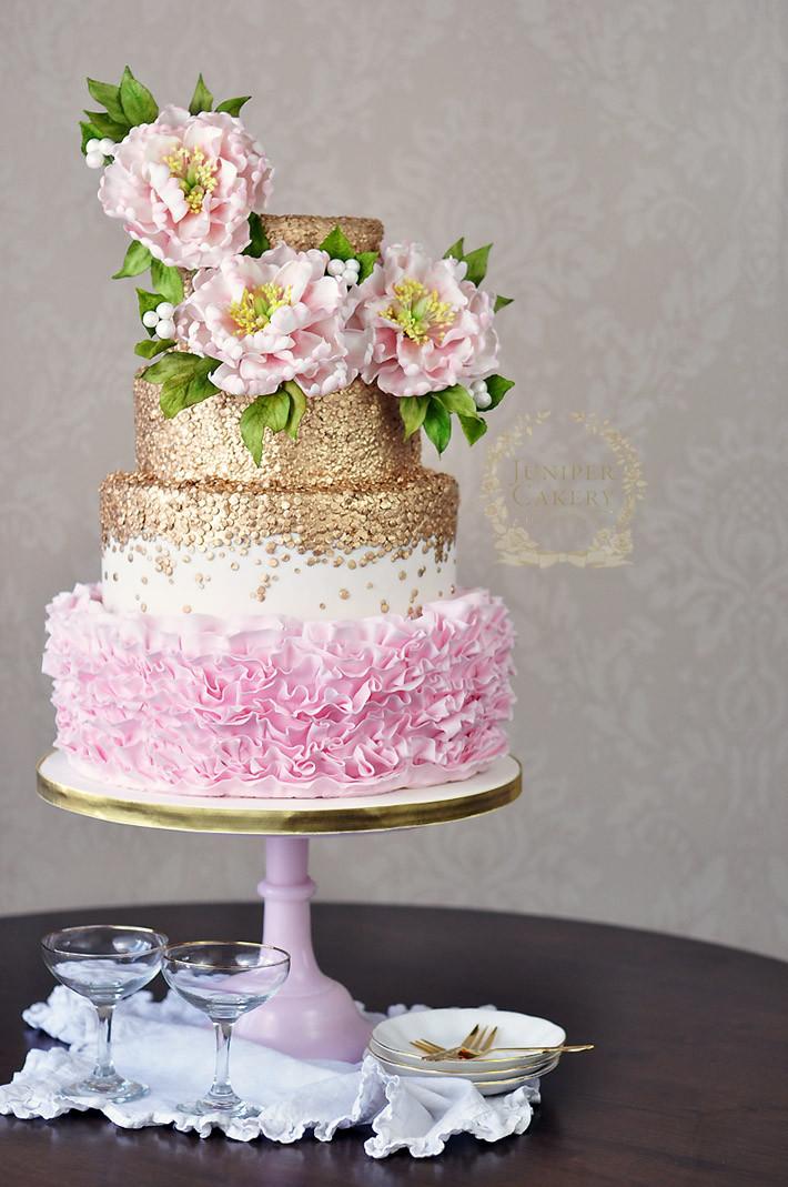 Stunning Wedding Cakes  6 Stunning Wedding Cake Trends for 2015 on Craftsy