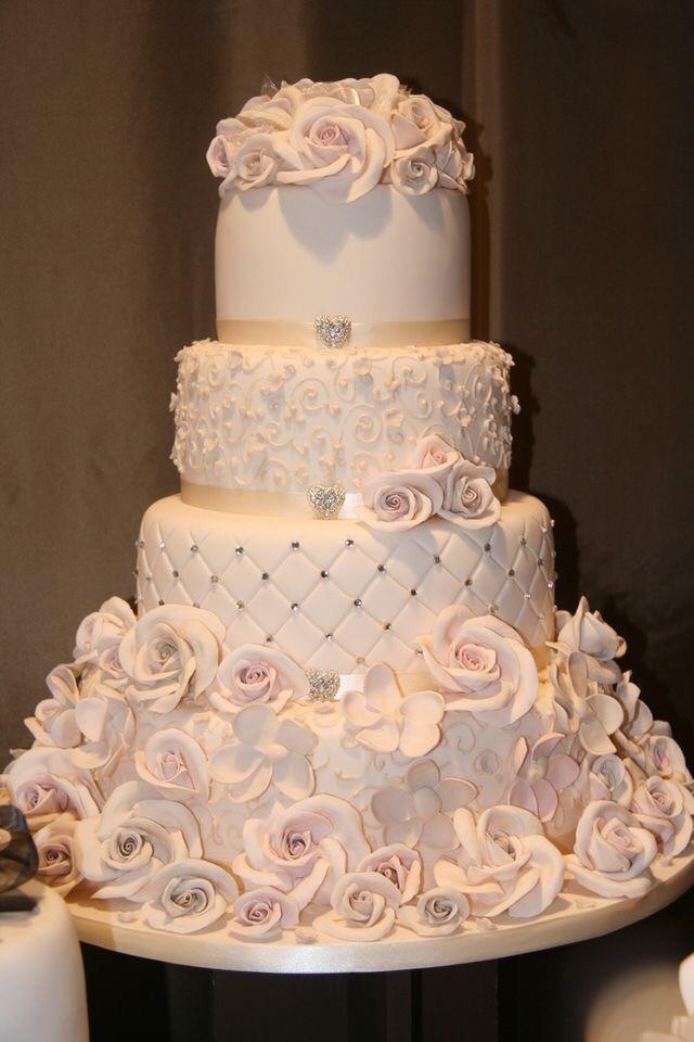 Stunning Wedding Cakes  15 Most Beautiful Wedding Cakes – Bridal Tribulations