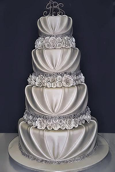 Stunning Wedding Cakes  10 Pretty Romantic Wedding Cakes