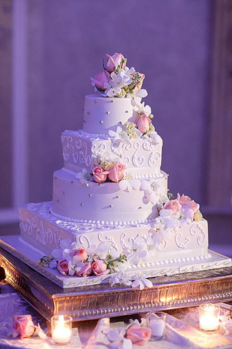 Stunning Wedding Cakes  25 Jaw Dropping Beautiful Wedding Cake Ideas MODwedding
