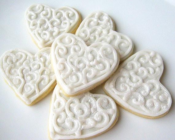 Sugar Cookies Wedding Favors  Unxia Silver Heart Sugar Cookies Iced Wedding Favor