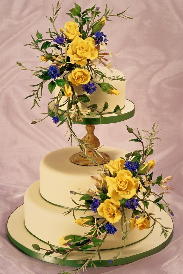 Sugarcraft Flowers Wedding Cakes  Alan Dunn Sugarcraft Alan Dunn sugar flowers