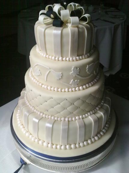 Sugarcraft Flowers Wedding Cakes  Wedding Cakes Teach Me Sugarcraft