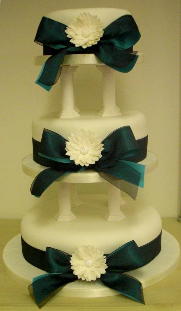 Sugarcraft Flowers Wedding Cakes  Wedding Cake on pillars with Ribbons and sugarcraft
