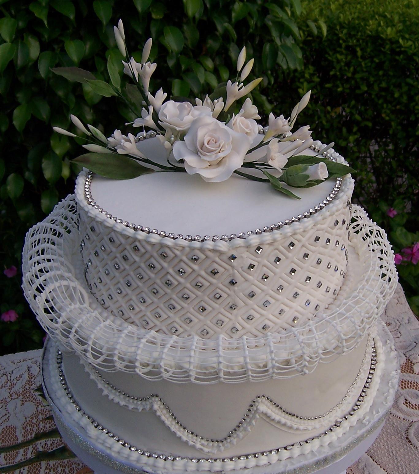 Sugarcraft Flowers Wedding Cakes  Royal Icing