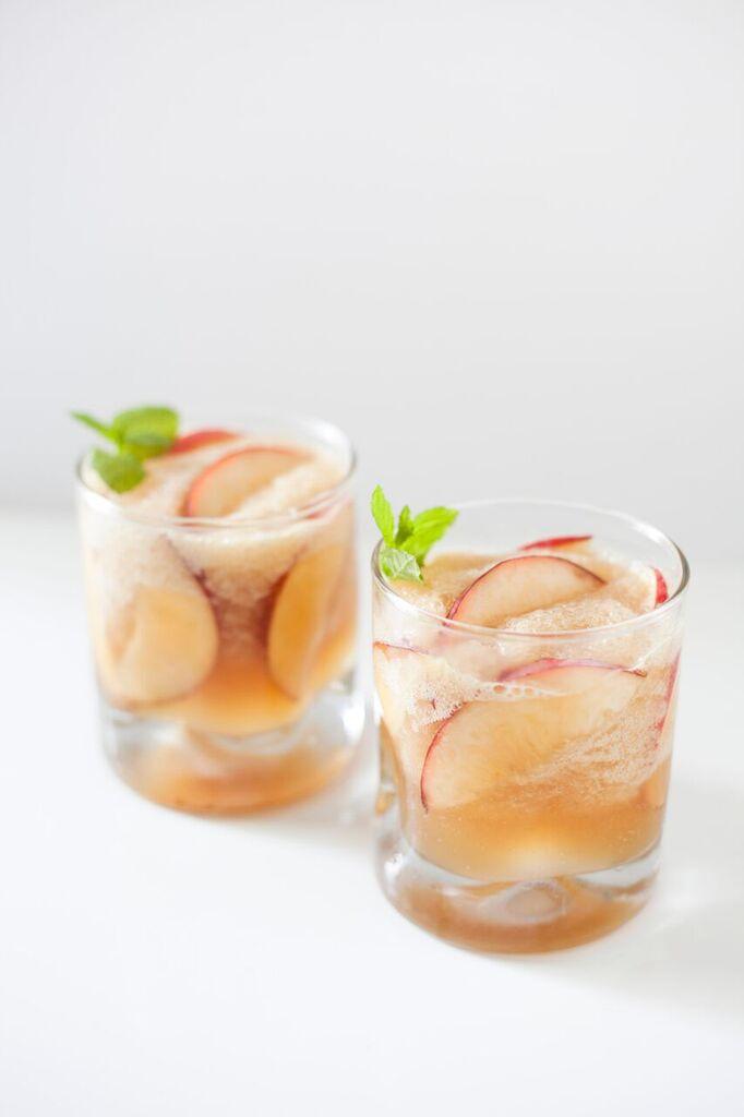 Summer Bourbon Drinks  Summer Bourbon Peach Limeade Cocktail — OhCarlene