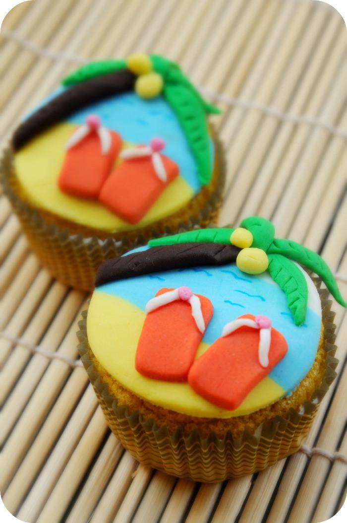 Summer Cupcakes Ideas  DIY Beach Summer Party Cupcakes Party Ideas