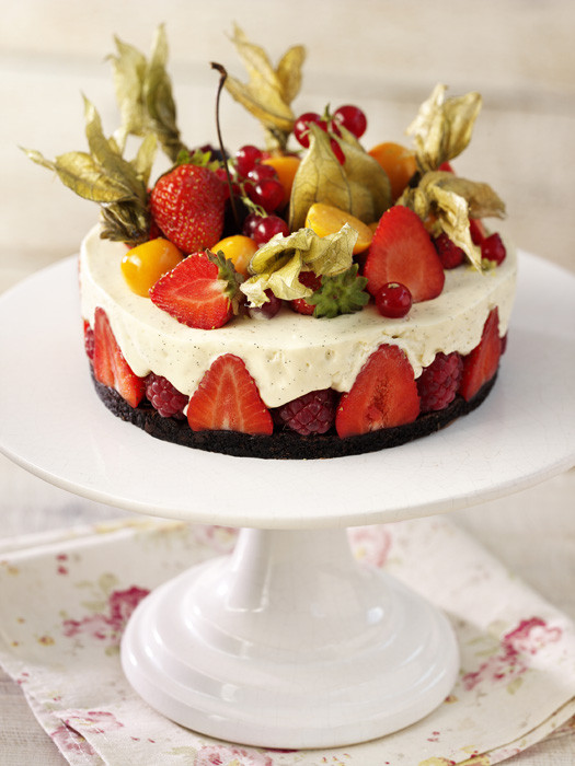 Summer Fruit Desserts Recipes  Fruit gateaux lemon tart pavlova strawberry cake top