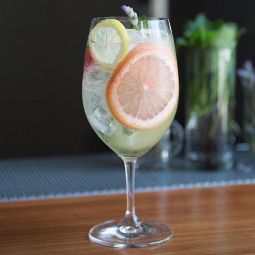 Summer Gin Drinks  10 Easy Gin Drinks for a Hot Summer Day