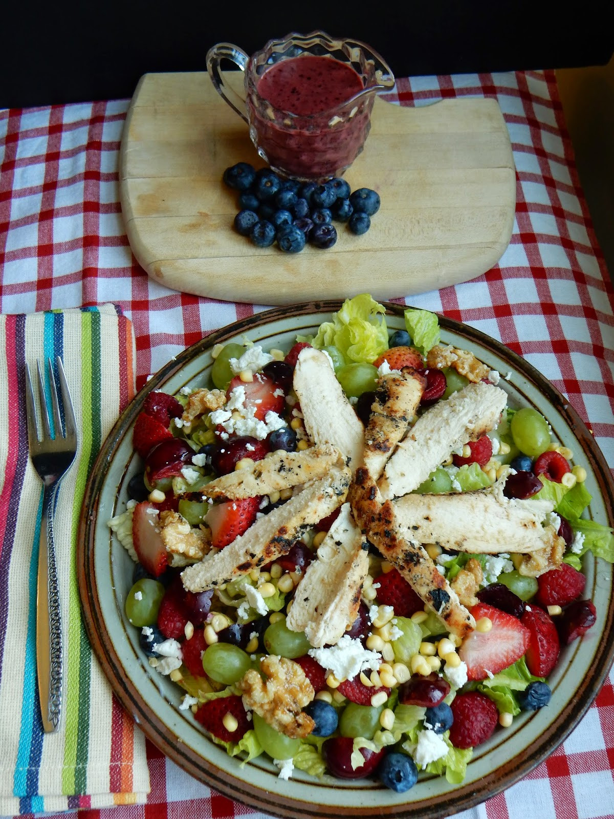 Summer Main Dish Salads  Kim s County Line Summer Berry Main Dish Salad