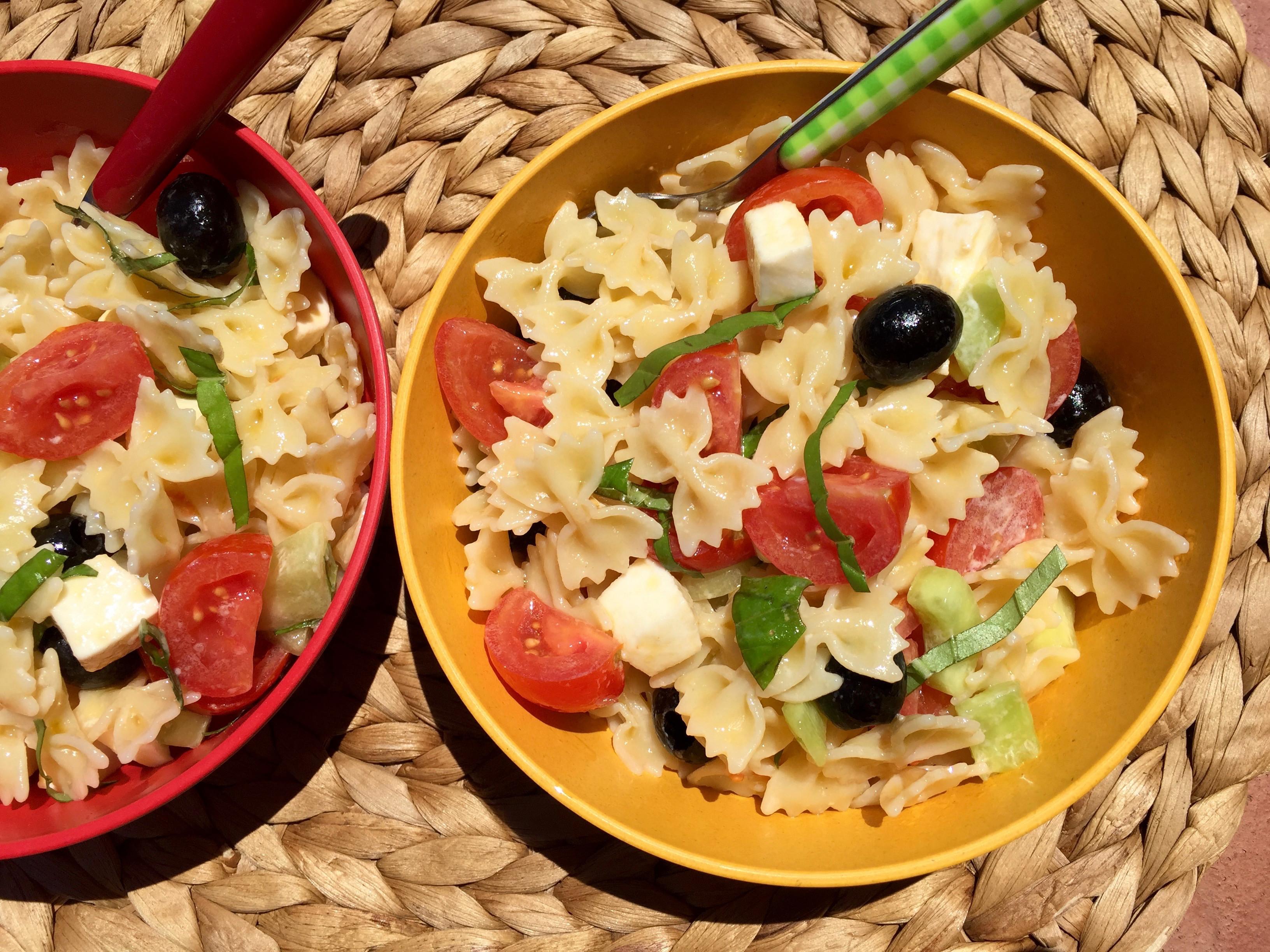 Summer Pasta Salad  Healthy Summer Pasta Salad Bites for Foo s