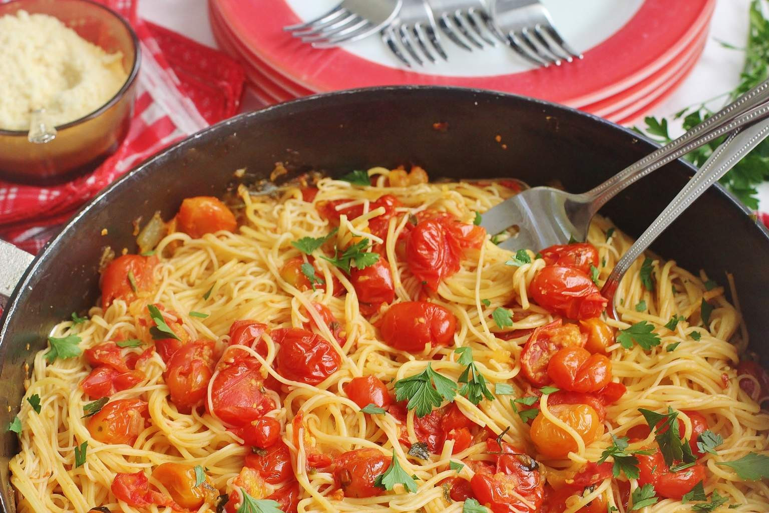 Summer Pasta Sauces  Summer Garden Tomato Sauce Pasta