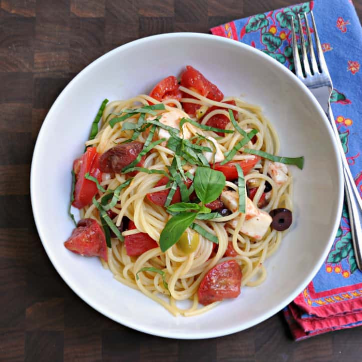 Summer Pasta Sauces  Summer Raw Pasta Sauce with Spaghetti Pinch and Swirl