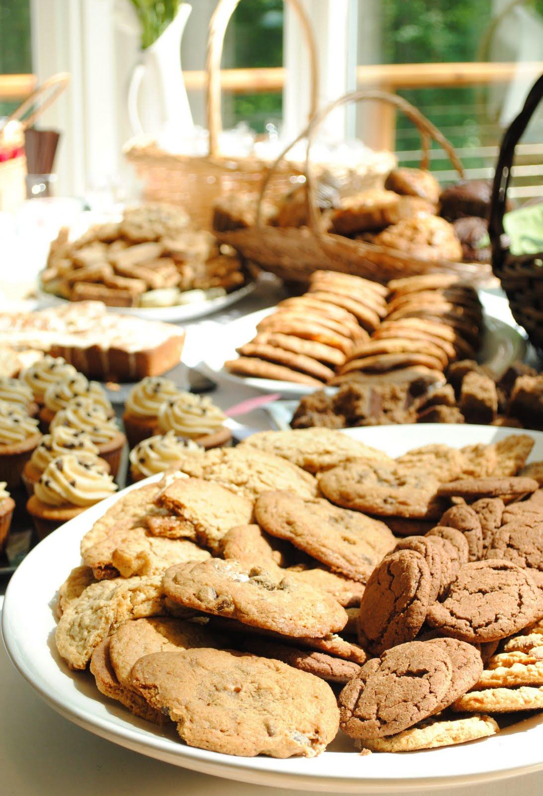 Summer Potluck Desserts  Event Recap Big Summer Potluck How To Simplify