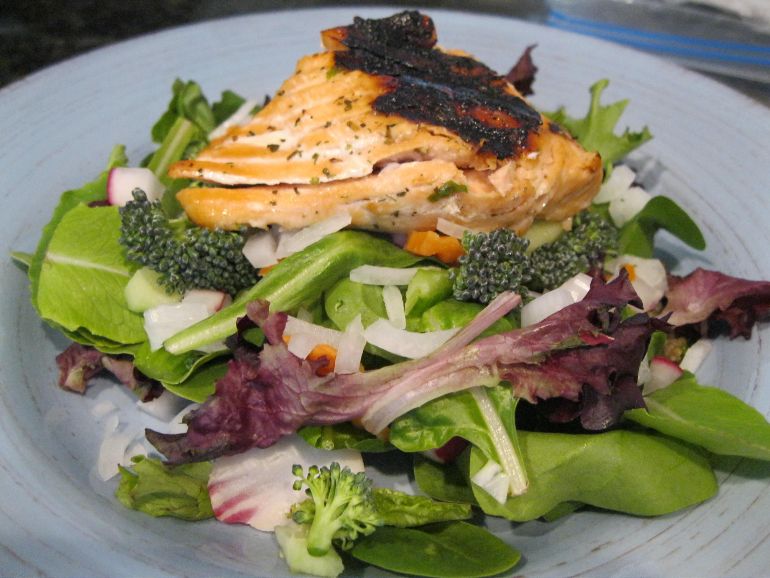 Summer Salmon Salad  Simple Summer Salmon Salad