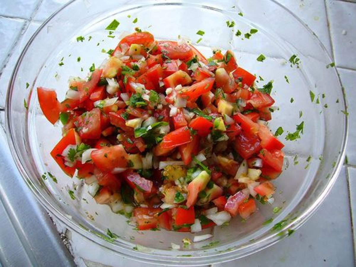 Summer Salsa Recipe  3 Super Tasty Summer Salsa Recipes Organic Authority