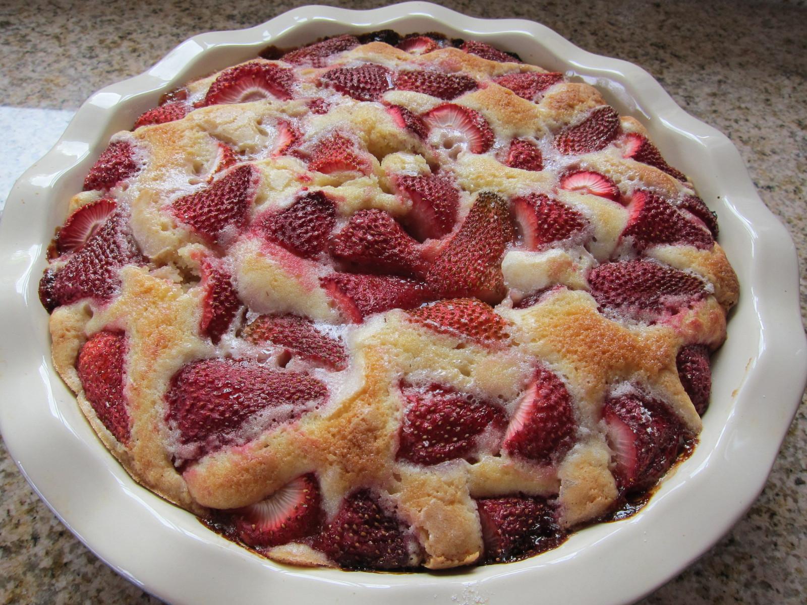 Summer Strawberry Cake  Easy Strawberry Cake