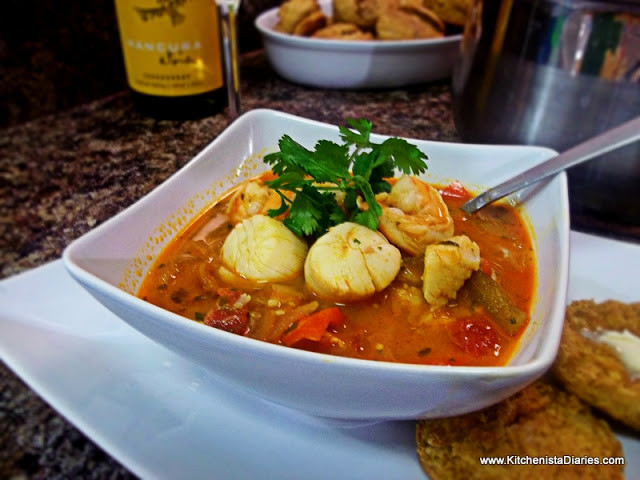 Summer Sunday Dinners  Sunday Dinner Summer Seafood Stew The Kitchenista Diaries