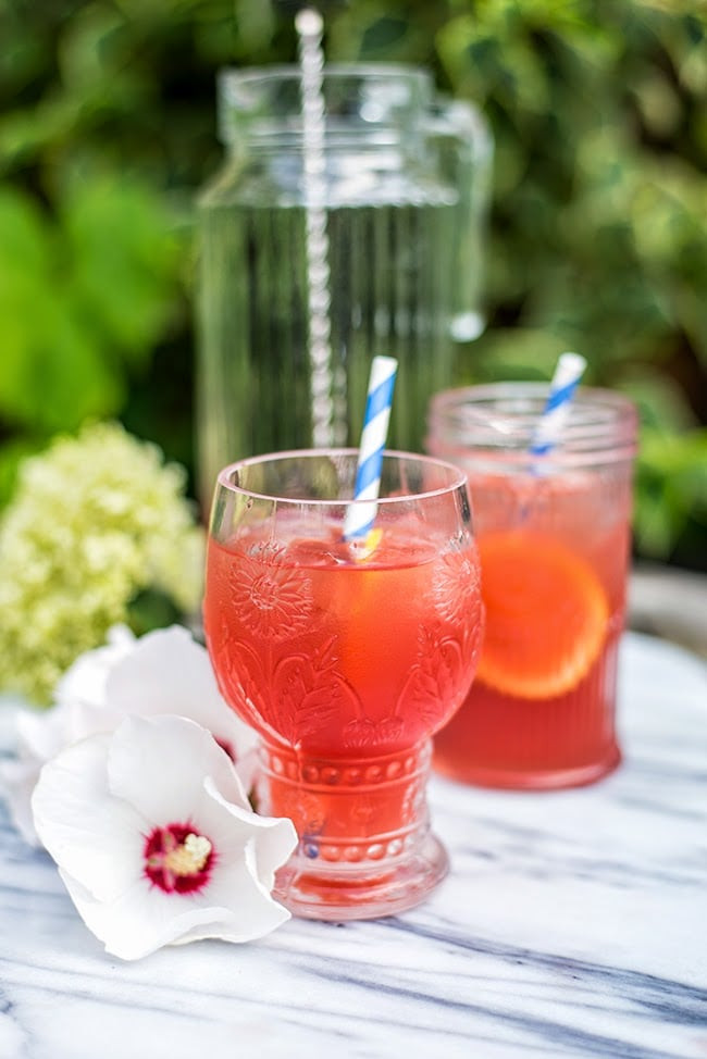 Summer Tequila Drinks  Fruity tequila punch – perfect for summer parties