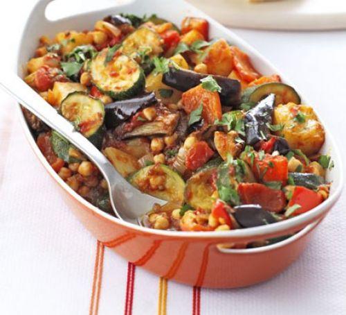 Summer Vegetarian Dinner Recipes  Roast summer ve ables & chickpeas recipe