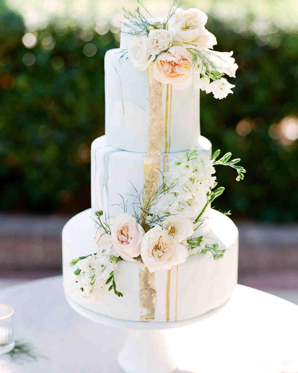 Summer Wedding Cakes  44 Wedding Cakes with Fresh Flowers