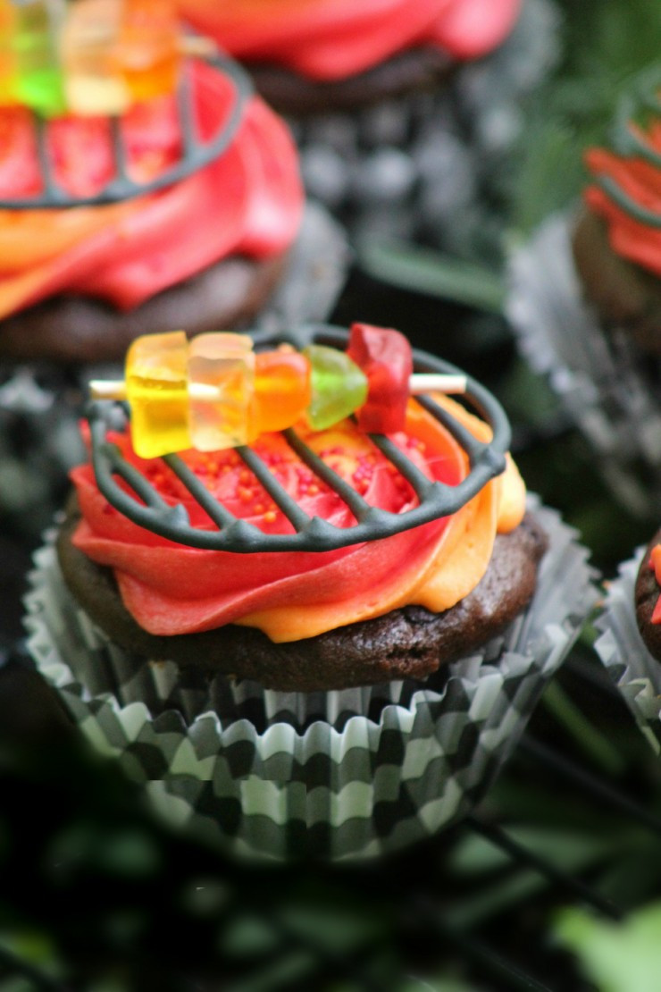 Summertime Bbq Desserts  Celebrate Grilling Season with these Adorable Grill