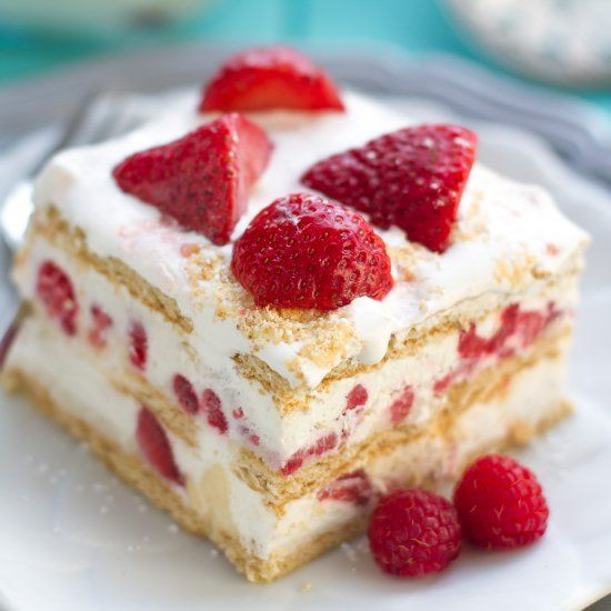 Summertime Desserts For A Crowd  The easiest creamiest no bake cake perfect for sharing