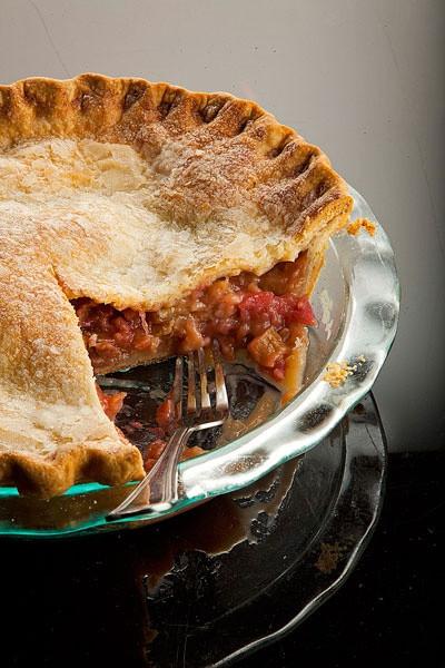 Summertime Pie Recipes  Rhubarb Pie