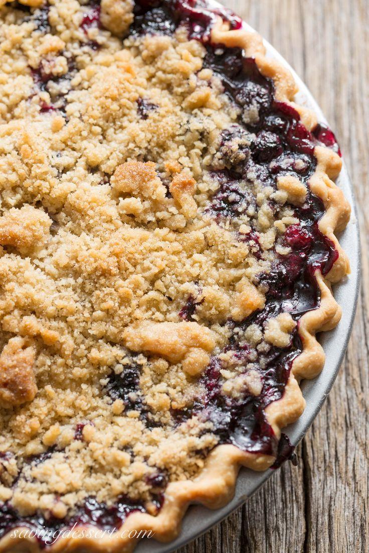 Summertime Pie Recipes  Blueberry Crumble Pie Recipe