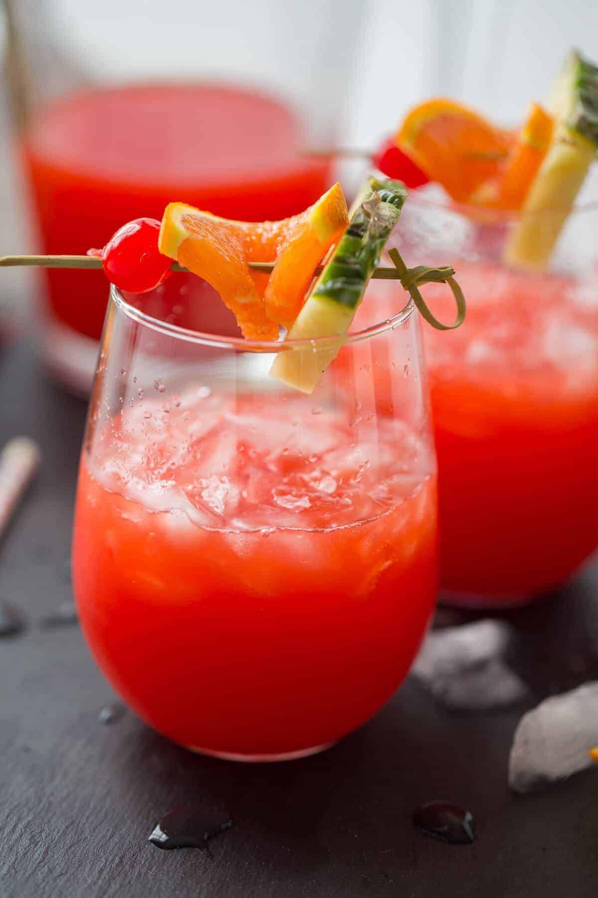 Summertime Rum Drinks  Rum Punch Recipe LemonsforLulu
