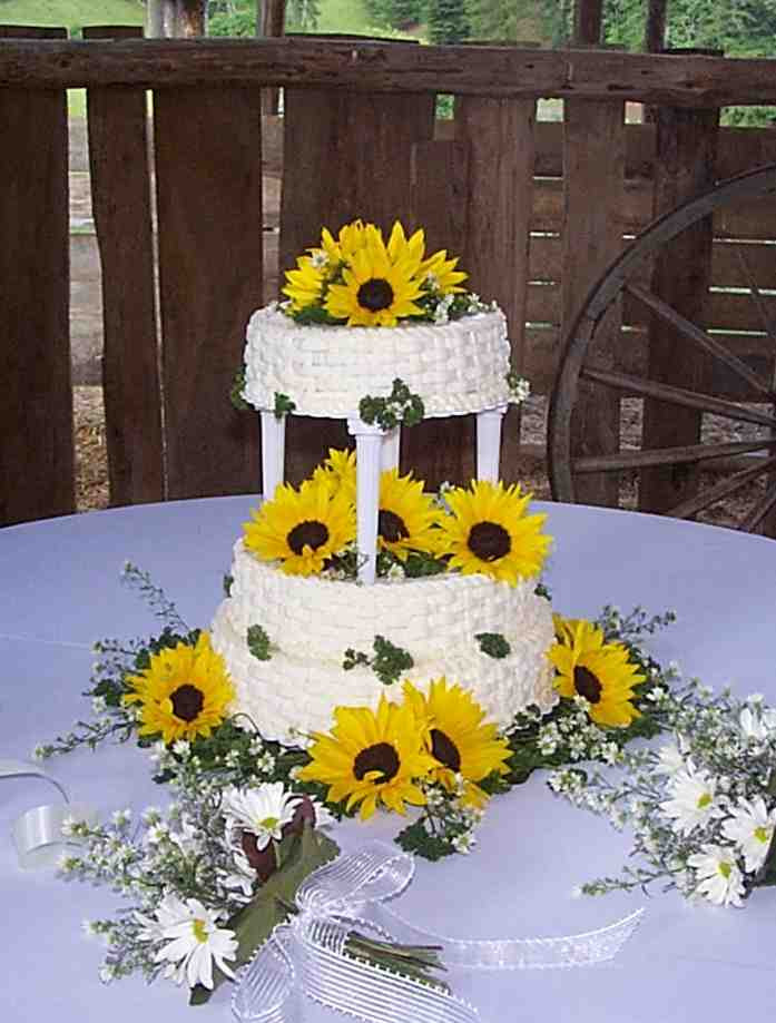 Sunflower Wedding Cakes  Wedding Cakes Sunflower Wedding Cakes