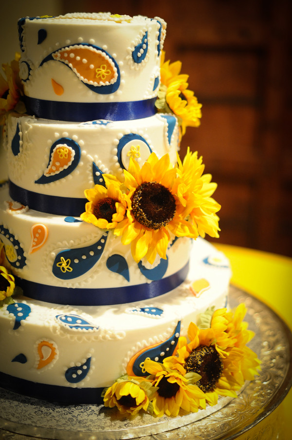 Sunflower Wedding Cakes  Sunflower Theme Country Wedding Rustic Wedding Chic