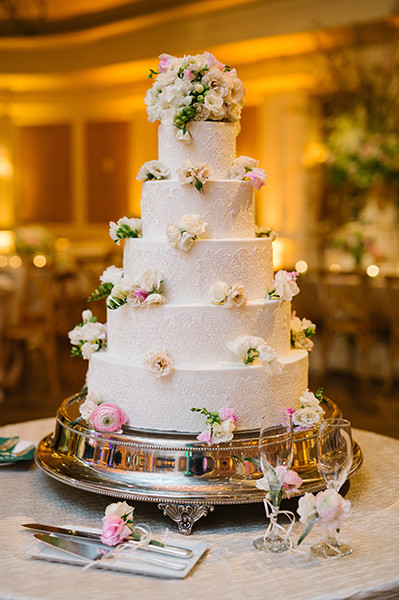 Susie Cakes Wedding Cake  Susie s Cakes & Confections Houston s Preferred Baker