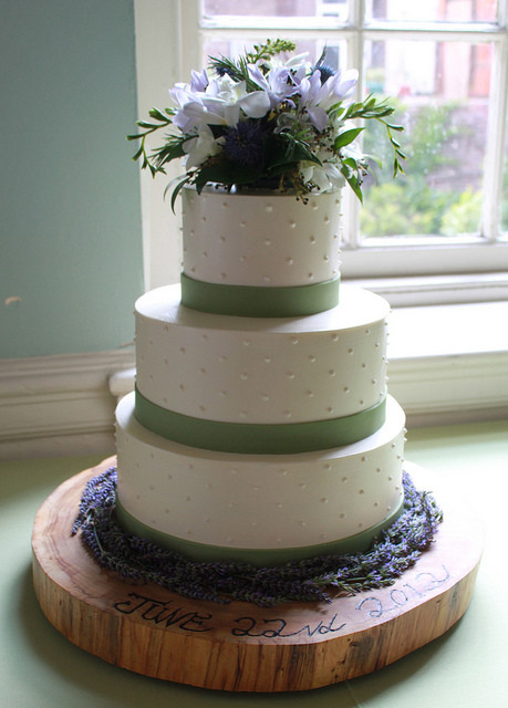 Swiss Dot Wedding Cakes  Swiss Dot Wedding Cake