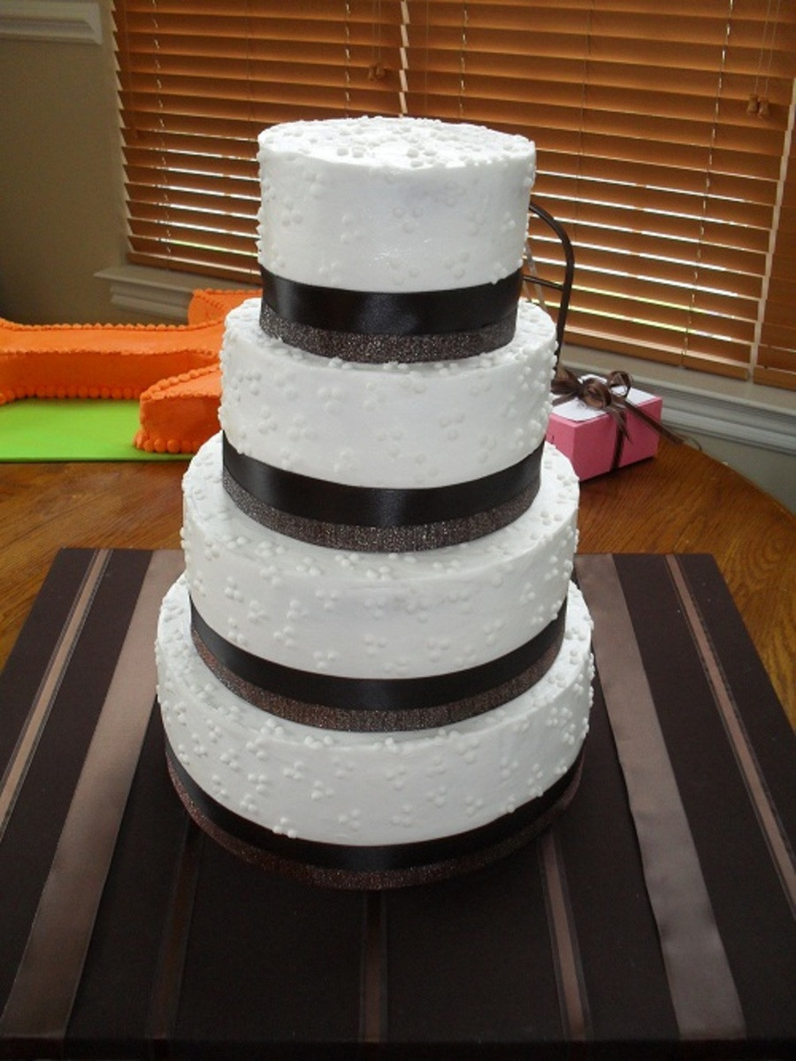 Swiss Dot Wedding Cakes  Swiss Dot Wedding Cake CakeCentral