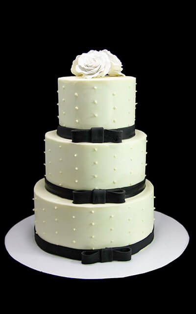 Swiss Dot Wedding Cakes  White Roses with Swiss Dots Wedding Cake Butterfly Bake