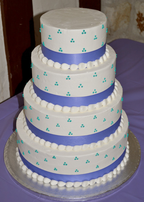 Swiss Dot Wedding Cakes  Swiss Dot Wedding Cake – Classy Girl Cupcakes