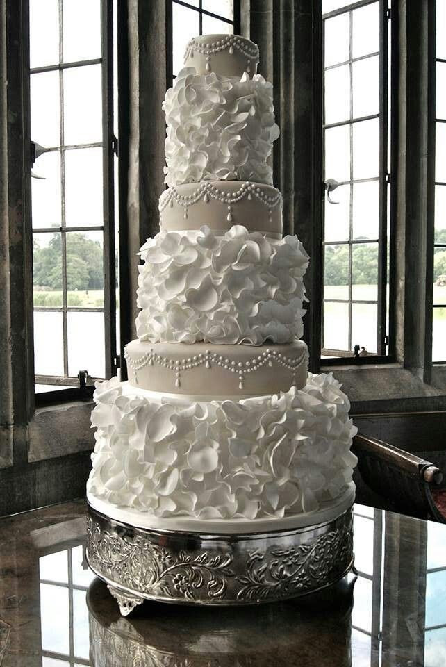 Tall Wedding Cakes  Wedding Cakes Tall vs Short Hot Chocolates Blog