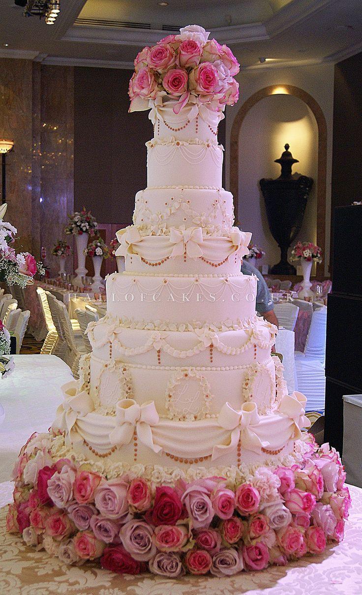 Tall Wedding Cakes  Best 25 Tall wedding cakes ideas on Pinterest