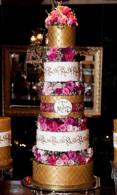 Tall Wedding Cakes  5 tier tall wedding cake with 3 gold tiers and 2 white
