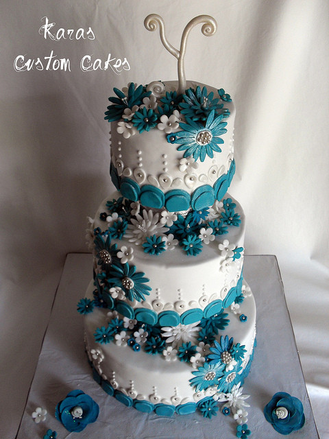 Teal And White Wedding Cake  Teal and White Daisy Wedding Cake a photo on Flickriver