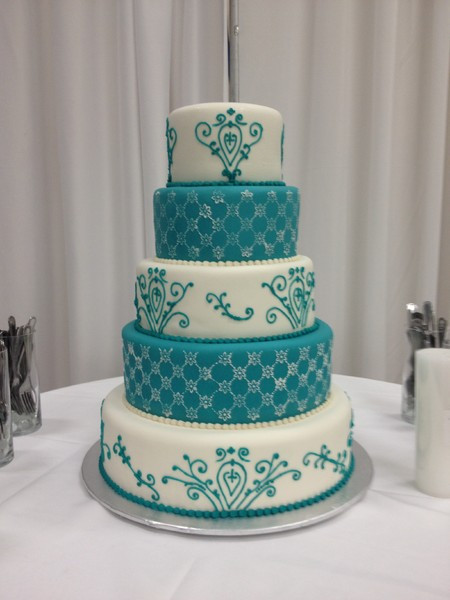 Teal And White Wedding Cake  TracyCakes Little Rock AR Wedding Cake