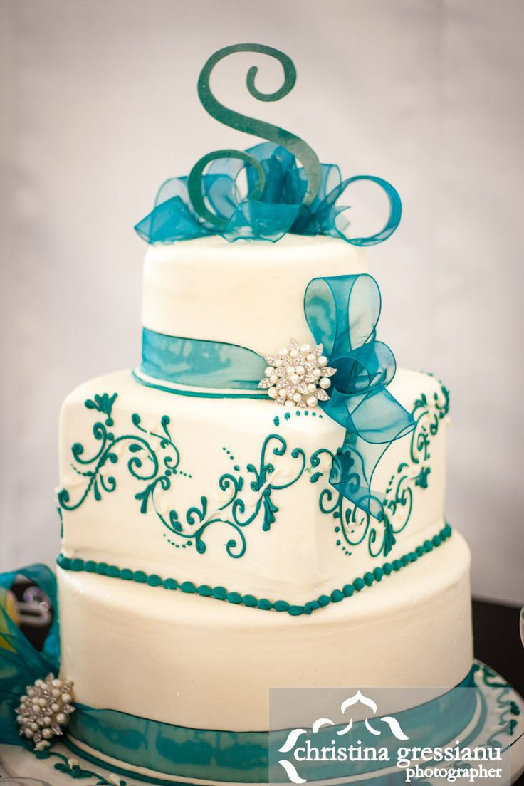 Teal And White Wedding Cakes  Best 25 Teal wedding cakes ideas on Pinterest