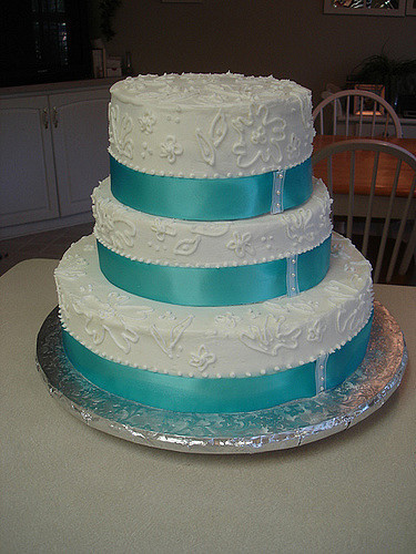 Teal And White Wedding Cakes  Teal and White Wedding Cake
