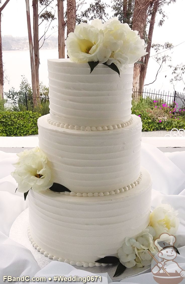 Textured Buttercream Wedding Cakes  86 best Wedding Texture Designs images on Pinterest
