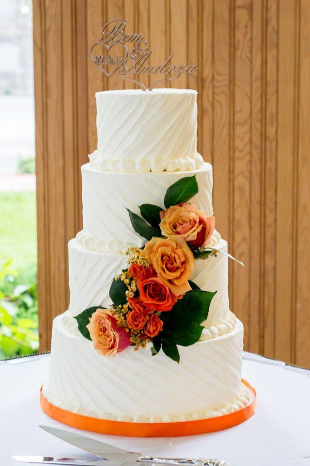 Textured Wedding Cakes  White Textured Orange Rose Wedding Cake