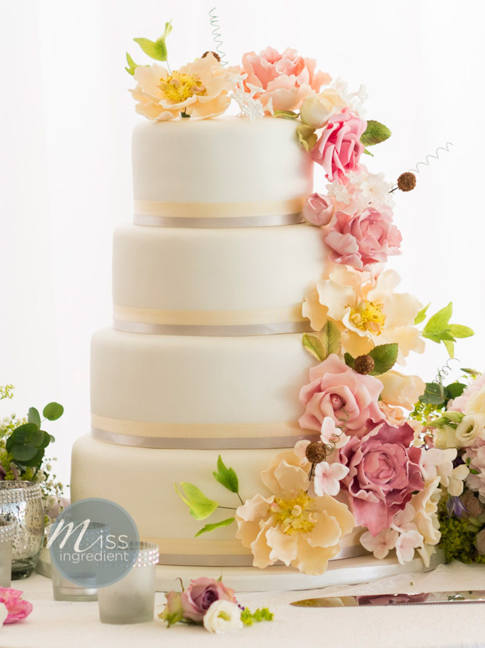The Best Wedding Cakes  Top 10 Wedding Cake Trends for 2015 The Biggest and the
