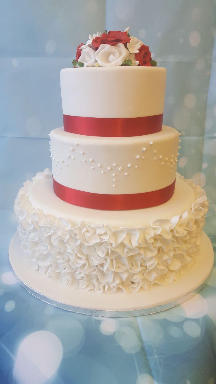 Three Tear Wedding Cakes  3 Tier Wedding Cake Ruffles Ravens Bakery of Es Ltd